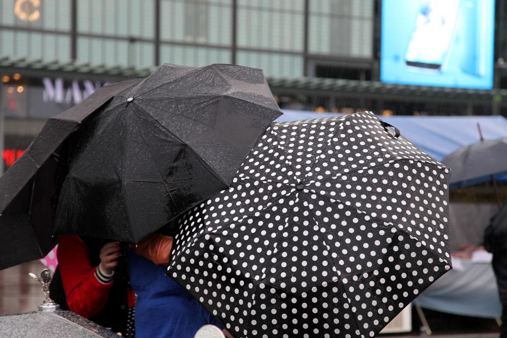 Sateenvarjot Kampissa